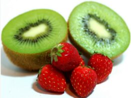 Kiwi Strawberries Cooler